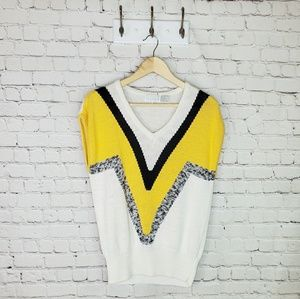 VTG Melrose sleeveless color block sweater